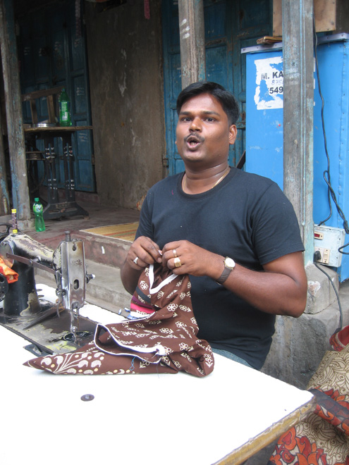Street tailor in Pondicherry